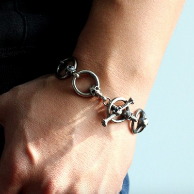 Men's Sterling Silver Skull and Ring Link Bracelet