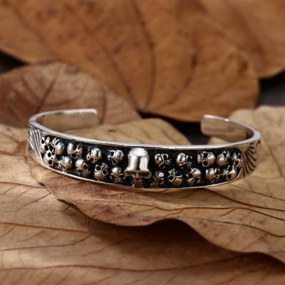 Men's Sterling Silver Ivy Pattern Skulls Cuff Bracelet