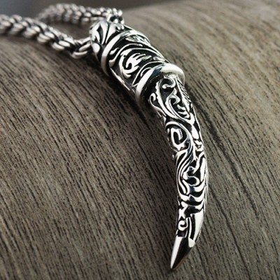 """Men's Sterling Silver Carved Wolf Tooth Necklace with Sterling Silver Rope Chain 18""""-24"""""""