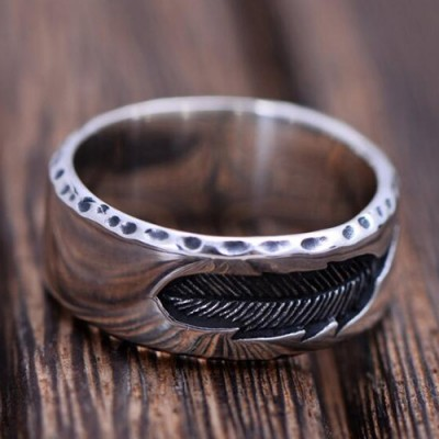 Men's Sterling Silver Engraved Feather Band Ring
