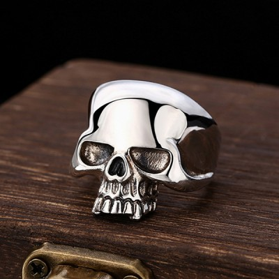 Men's Sterling Silver Sleek Skull Ring