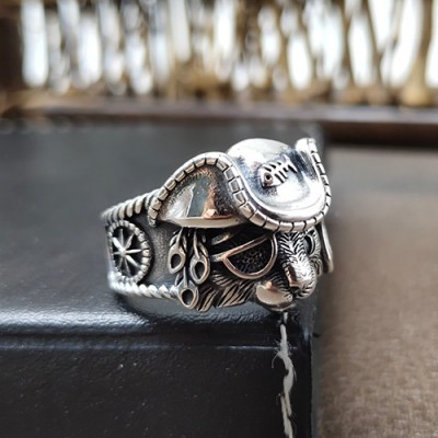 Sterling Silver Pirate Cat Ring