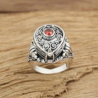 Women's Sterling Silver Gawu Box Ring
