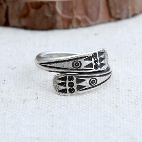 Women's Sterling Silver Oxidized Totem Wrap Ring